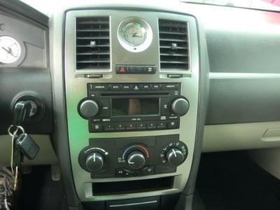 Photo 13 of 2006 Chrysler 300 Awd Sedan