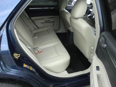 Photo 19 of 2006 Chrysler 300 Awd Sedan
