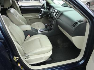 Photo 18 of 2006 Chrysler 300 Awd Sedan