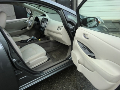 Photo 25 of 2014 Nissan Leaf Sv