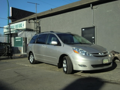 Photo 4 of 2007 Toyota Sienna Le