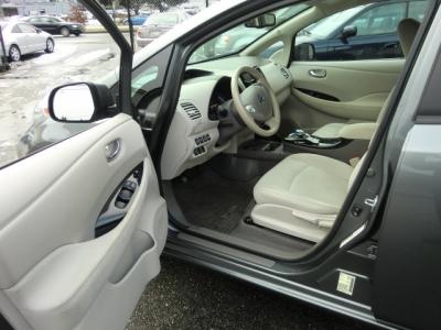 Photo 10 of 2014 Nissan Leaf Sv